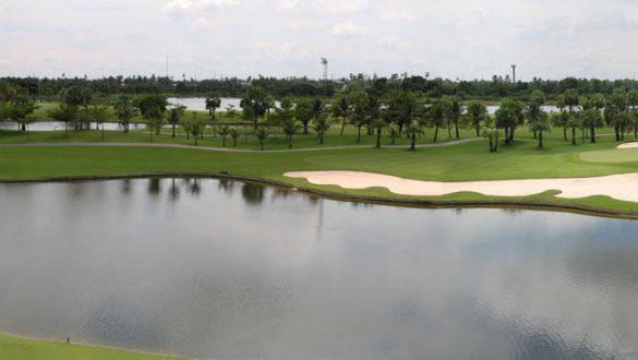 GolfField04
