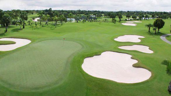 GolfField08